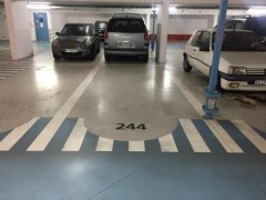 Parking/Box 12 m2 à SAINT MANDE  19 000 €
