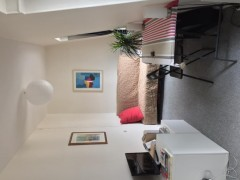 Studio 14 m2 à PARIS 16  680 €