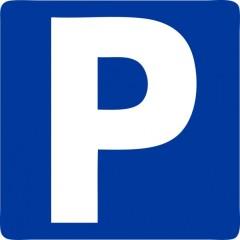 Parking/Box 12 m2 à PARIS 08  170 €