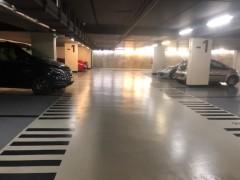 Parking/Box 14 m2 à PARIS 07  36 900 €