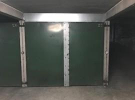 Parking/Box 13 m2 à PARIS 20  24 900 €