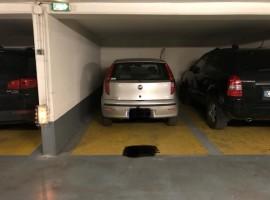 Parking/Box 12 m2 à Paris 19 Buttes Chaumont 18 000 €