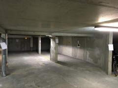 Parking/Box 26 m2 à PARIS 20 crimée 40 000 €