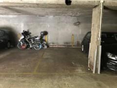 Parking/Box 12 m2 à NOGENT SUR MARNE pavillon baltard 20 500 €
