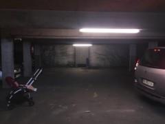 Parking/Box 18 m2 à PARIS 16  77 000 €