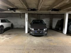 Parking/Box 11 m2 à PARIS 13  16 900 €