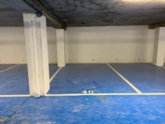Parking/Box 13 m2 à Levallois Perret  33 000 €