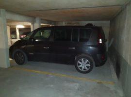 Parking/Box 12 m2 à Courbevoie  15 000 €