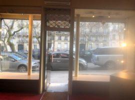 Local commercial 59 m2 à PARIS 17  960 000 €