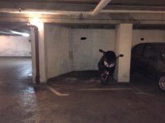 Parking/Box 9 m2 à PARIS 16  17 000 €