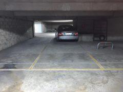 Parking/Box 13 m2 à Vitry Sur Seine  11 000 €