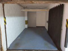 Parking/Box 12 m2 à Montrouge  33 000 €