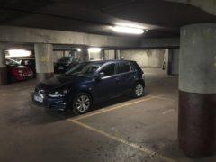 Parking/Box 10 m2 à PARIS 16  46 000 €