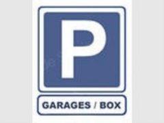 Parking/Box 16 m2 à PARIS 17 PORTE MAILLOT 44 900 €